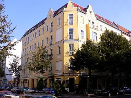 Wohn- und Geschäftshaus in Berlin-FriedrichshainGebaut um 1900, Saniert 1997 / Umwandlung in Wohnungseigentum